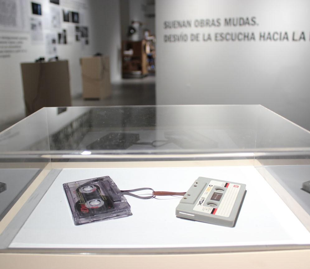 S/T (Dos casettes entrelazados), Nicolás Bacal. Foto: Guido Limardo